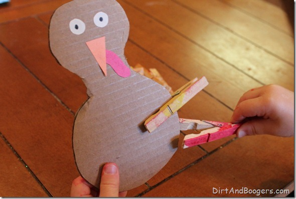 Thanksgiving, toddler, turkey, fine motor, paint,